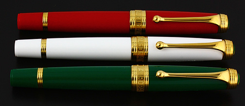 Aurora Flag Limited Edition Fountain Pen Set